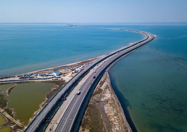 Новую дорогу построят на Крымском мосту